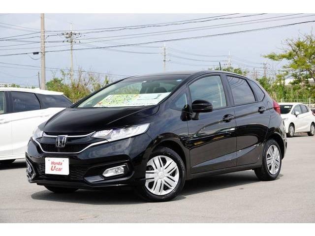 沖縄の中古車 ホンダ フィット 車両価格 136.8万円 リ済別 平成30年 0.8万km ブラックパール