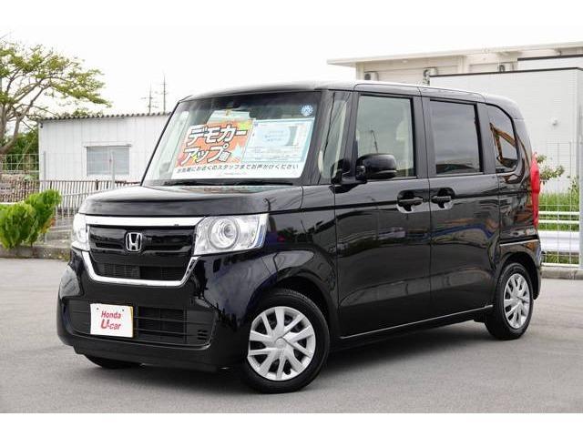 沖縄の中古車 ホンダ N-BOX 車両価格 149.8万円 リ済別 2018(平成30)年 0.5万km ブラックパール