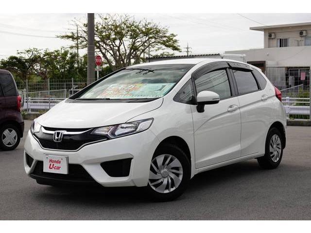 沖縄の中古車 ホンダ フィット 車両価格 129.8万円 リ済別 2017(平成29)年 1.3万km ホワイトパール
