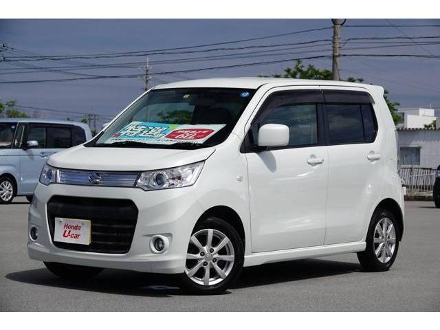 沖縄の中古車 スズキ ワゴンRスティングレー 車両価格 67.8万円 リ済別 2013(平成25)年 4.1万km ホワイトパール