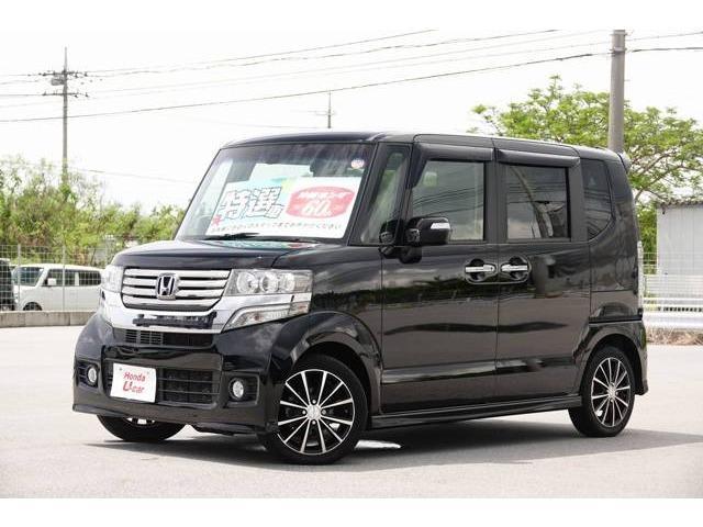 沖縄の中古車 ホンダ N-BOXカスタム 車両価格 89.8万円 リ済別 2014(平成26)年 6.5万km ブラック