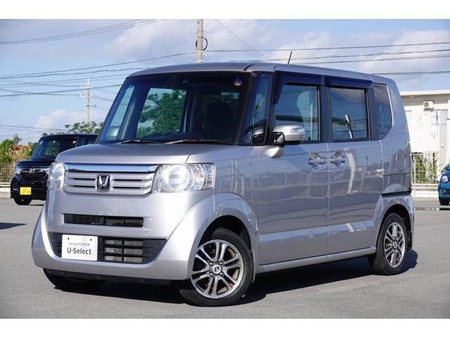 N-BOX(沖縄 中古車) 色:カトラリーシルバー・メタリック 価格:89.8万円 年式:2014(平成26)年 走行距離:3.8万km