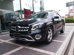 M・ベンツ GLA 220 4MATIC