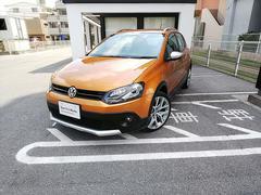 沖縄の中古車 フォルクスワーゲン VW ポロ 車両価格 150万円 リ済別 2015年 5.2万K ハニーオレンジ