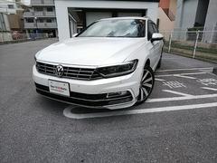 那覇市 フォルクスワーゲン沖縄中央 フォルクスワーゲン VW パサートヴァリアント TSI R−Line オリックスホワイトMoPE 1.4万K 2016年