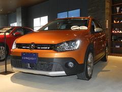 VW ポロ純正ナビ キセノンへッドライト リアカメラ 認定中古車