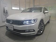 VW パサート TDI Highline Technology P