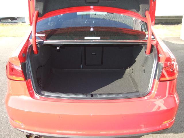 アウディ アウディ A3セダン 1.4TFSI 15年モデル MMIナビ 追従クルコン