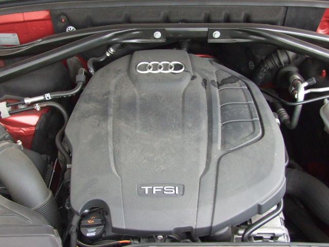 アウディのエンジンはダウンサイジングのコンセプトをもとに、従来より排気量を小さくすることで燃費を改善し、パワーの不足を過給機を用いてそれまで以上の乗り味を実現した一石二鳥のエンジンです。