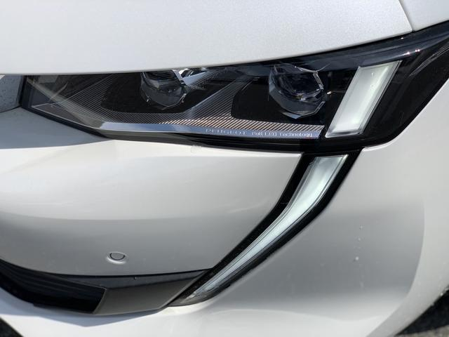 GT ブルーHDi プレミアムレザーエディション 新車保証継承/8AT/純正ナビ付/ETC2.0付き/フルレザーシート/電動シート付き/カープレイ対応/ACC(12枚目)