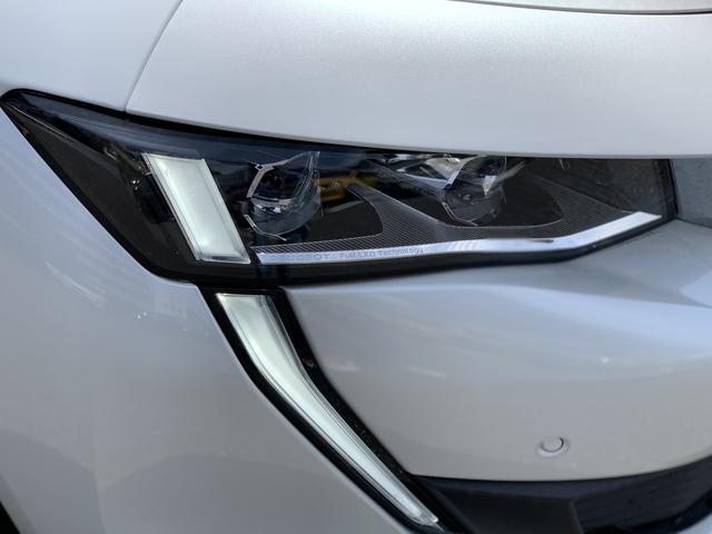 GT ブルーHDi プレミアムレザーエディション 新車保証継承/8AT/純正ナビ付/ETC2.0付き/フルレザーシート/電動シート付き/カープレイ対応/ACC(15枚目)