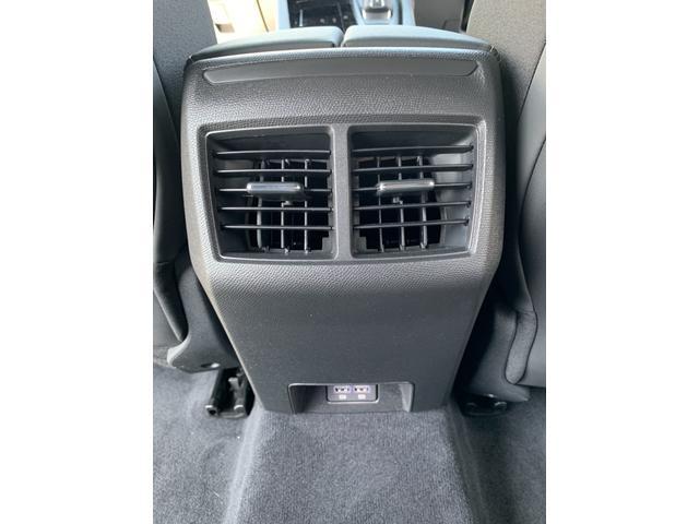 GT ブルーHDi プレミアムレザーエディション 新車保証継承/8AT/純正ナビ付/ETC2.0付き/フルレザーシート/電動シート付き/カープレイ対応/ACC(20枚目)