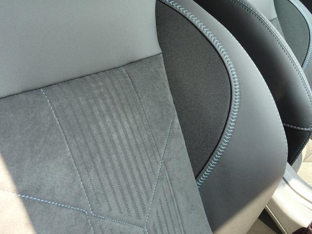 クロスシティ 限定車 元試乗車 シートヒーター ガラスルーフ(6枚目)
