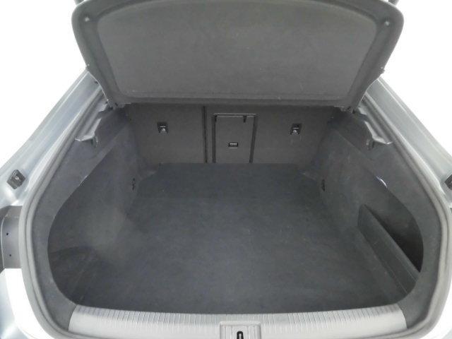 Rライン 4モーションアドバンス 認定中古車 ETC ナビ バックカメラ 革シート シートヒーター 電動シート 4WD LED(19枚目)