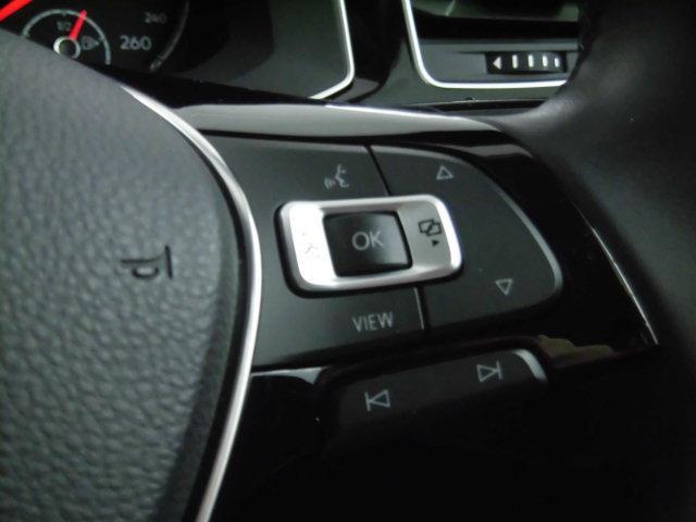 TSIハイライン 認定中古車 スマートキー 盗難防止システム 記録簿 サイドエアバッグ ナビ パークディスタンスコントロール ステアリングスイッチ(12枚目)