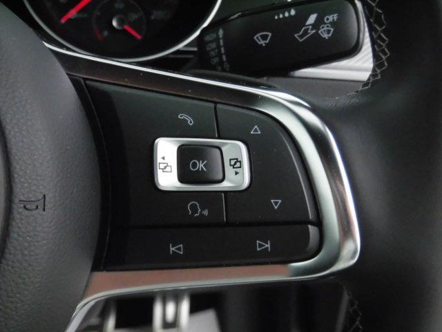 TSI 4モーション Rライン 認定中古車 キーレスエントリー 盗難防止システム 記録簿 4WD サイドエアバッグ ナビ バックモニター ステアリングスイッチ(11枚目)