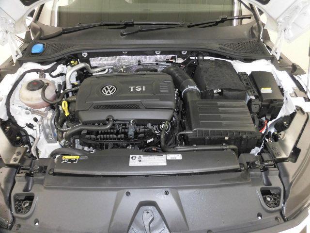 TSI 4モーション Rライン 認定中古車 キーレスエントリー 盗難防止システム 記録簿 4WD サイドエアバッグ ナビ バックモニター ステアリングスイッチ(17枚目)