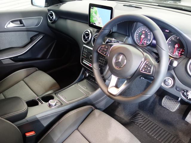 メルセデス・ベンツ M・ベンツ A180 スタイルエントリーPKG レーダーセーフティPKG
