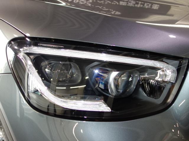 GLC220d 4マチック クーペ AMGライン レザーエクスクルーシブPKG ガラスサンルーフ レーダーセーフティPK 360°カメラ メルセデスミーコネクト ブルメスタサウンド ヘッドアップディスプレイ ETC ワイヤレスチャージ LEDライト(6枚目)