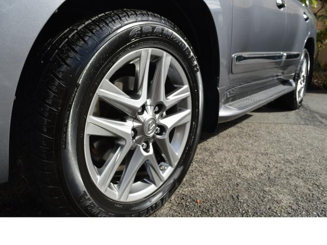 AWD LUX PKG 新車並行車 当社顧客様1オーナー(12枚目)