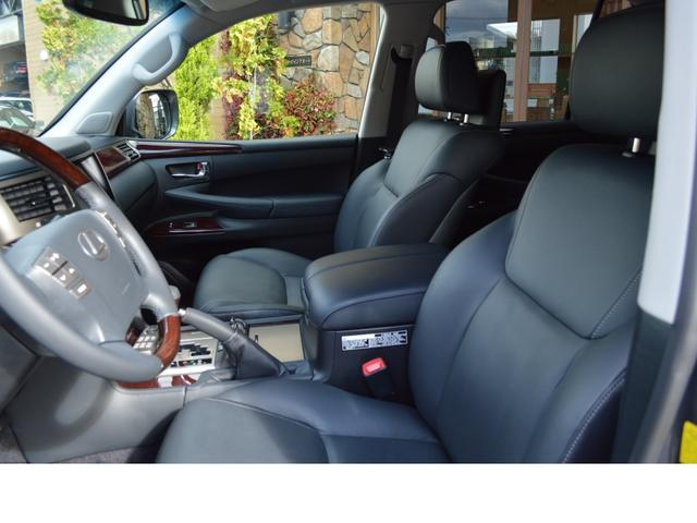 AWD LUX PKG 新車並行車 当社顧客様1オーナー(14枚目)