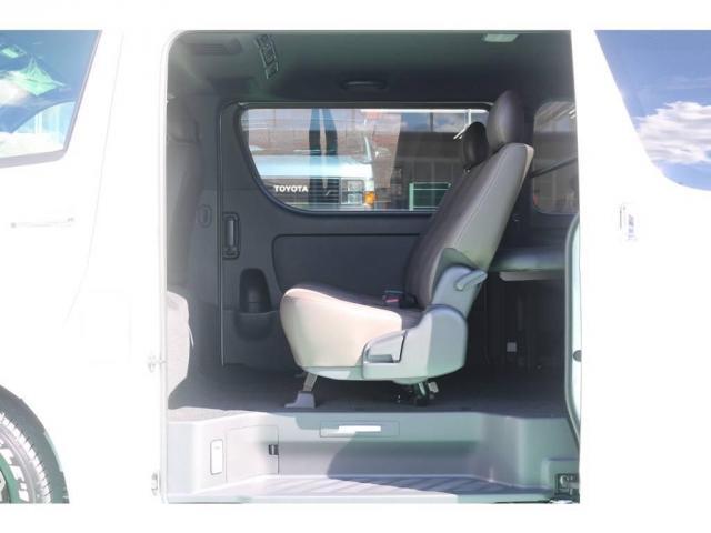 トヨタ ハイエースバン 2.8 スーパーGL 50TH アニバーサリー リミテッド