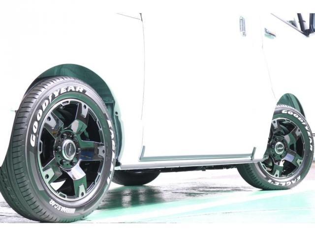 スーパーGL ダークプライムII ディーゼルターボ 4WD ライトカスタムPKG 17インチアルミ 社外ナビ サイドパイプ付き(4枚目)