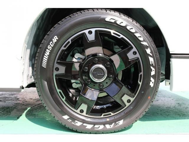 スーパーGL ダークプライムII ディーゼルターボ 4WD ライトカスタムPKG 17インチアルミ 社外ナビ サイドパイプ付き(10枚目)