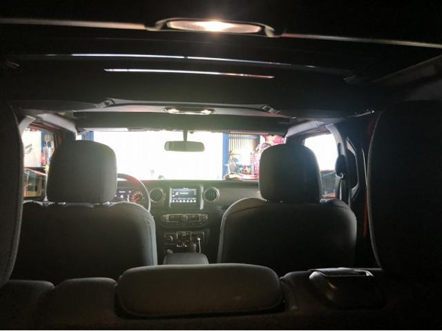 「その他」「ジープラングラーアンリミテッド」「SUV・クロカン」「愛知県」の中古車17
