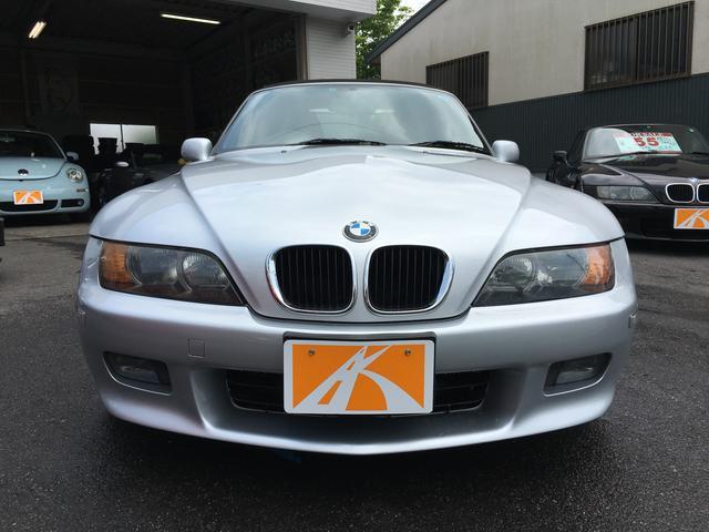 新入庫!BMW Z3 最終2.2Iモデル