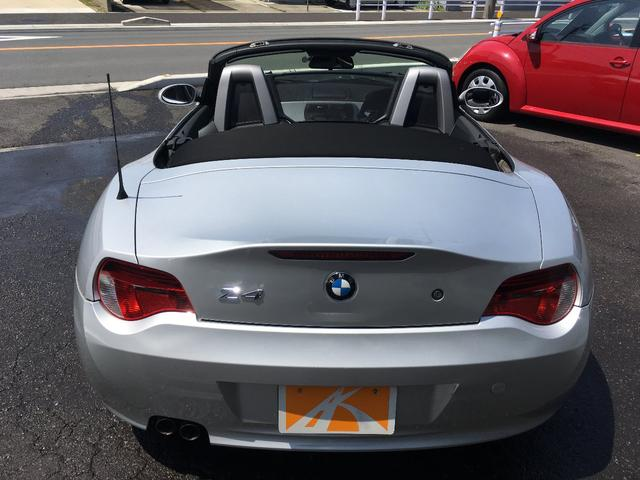 BMW BMW Z4 ロードスター2.5i 後期モデル 黒革シート 電動オープン