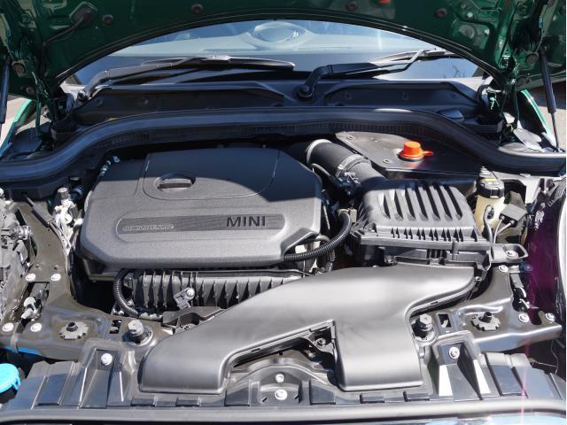クーパー 60イヤーズエディション レザーシート シートヒーター 17インチ ナビ LEDヘッドライト リアカメラ PDC前後 コンフォートアクセス 軽減ブレーキ SOSコール(17枚目)