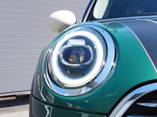 クーパー 60イヤーズエディション レザーシート シートヒーター 17インチ ナビ LEDヘッドライト リアカメラ PDC前後 コンフォートアクセス 軽減ブレーキ SOSコール(21枚目)