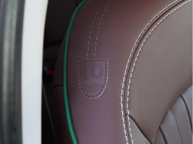 クーパー 60イヤーズエディション レザーシート シートヒーター 17インチ ナビ LEDヘッドライト リアカメラ PDC前後 コンフォートアクセス 軽減ブレーキ SOSコール(26枚目)
