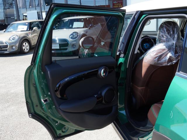 クーパー 60イヤーズエディション レザーシート シートヒーター 17インチ ナビ LEDヘッドライト リアカメラ PDC前後 コンフォートアクセス 軽減ブレーキ SOSコール(32枚目)