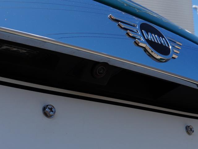 クーパー 60イヤーズエディション レザーシート シートヒーター 17インチ ナビ LEDヘッドライト リアカメラ PDC前後 コンフォートアクセス 軽減ブレーキ SOSコール(33枚目)