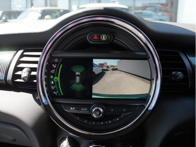 クーパー 60イヤーズエディション レザーシート シートヒーター 17インチ ナビ LEDヘッドライト リアカメラ PDC前後 コンフォートアクセス 軽減ブレーキ SOSコール(52枚目)