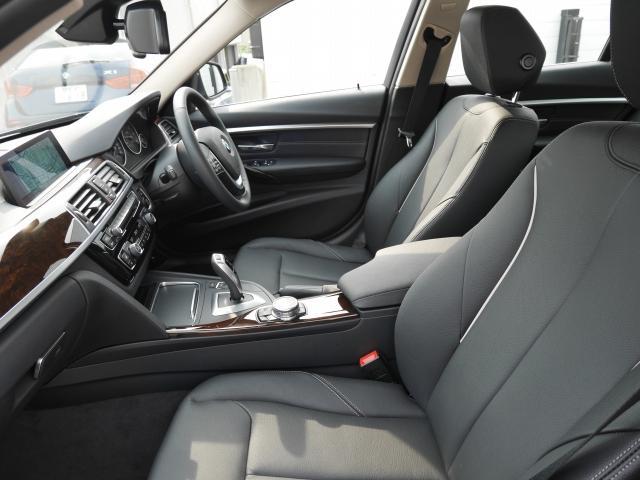 BMW BMW 320d ラグジュアリー 2年BPSデモカー禁煙認定車