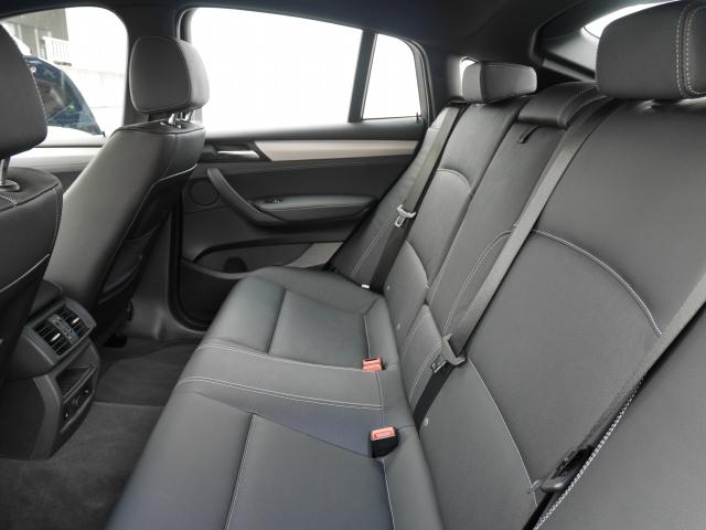 BMW BMW X4 xDrive 28i Mスポーツ 2年BPSデモカー認定車