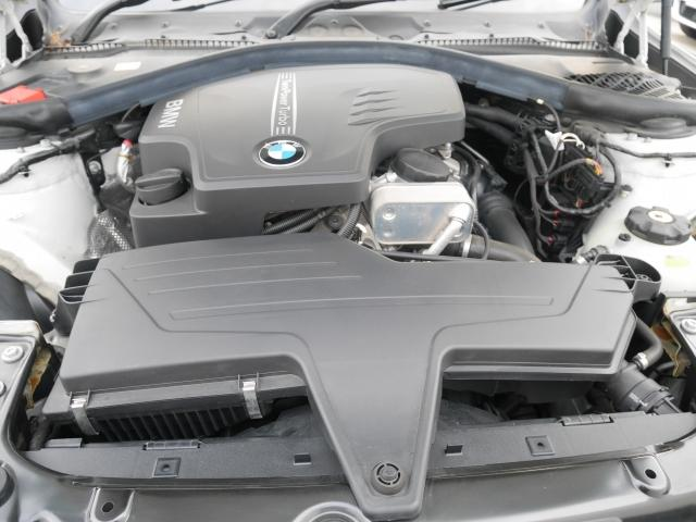 BMW BMW 320i 1年AC1オーナー禁煙認定車