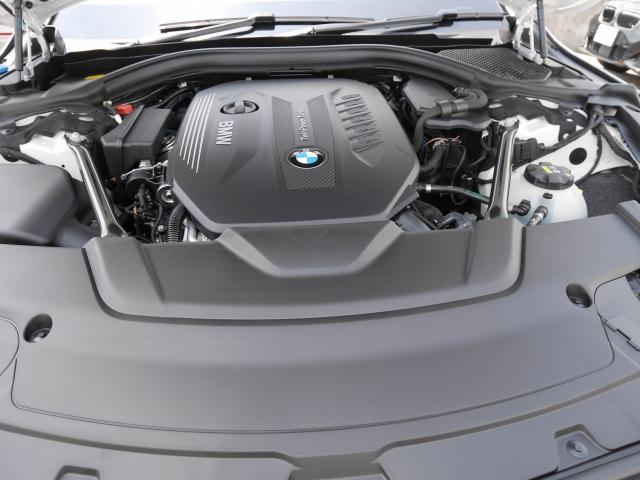 740d xDrive Mスポーツ 2年BPSデモ禁煙認定車(17枚目)