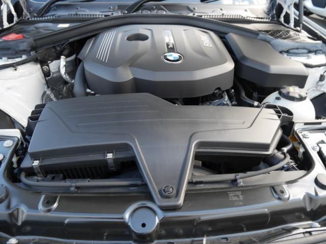BMW BMW 318i Mスポーツ エディションシャドー