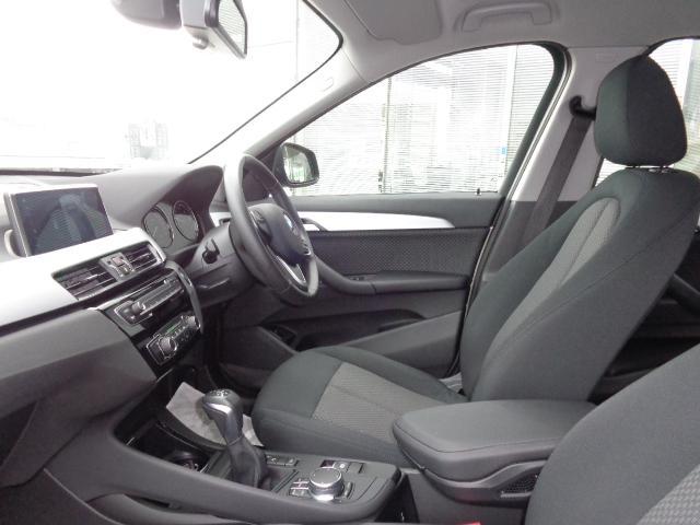 xDrive 18d 2年BPSデモ禁煙認定車(13枚目)