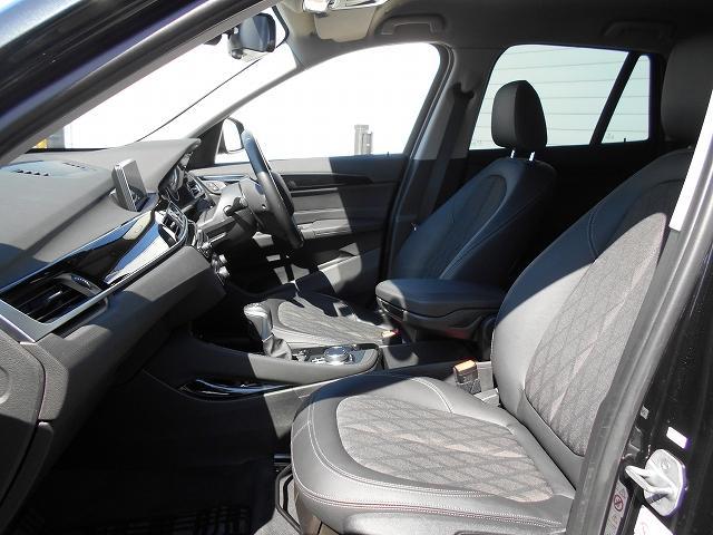 xDrive 18d xライン 2年BPS1オナ禁煙認定車(12枚目)