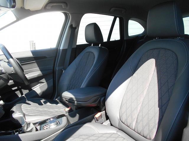 xDrive 18d xライン 2年BPS1オナ禁煙認定車(13枚目)