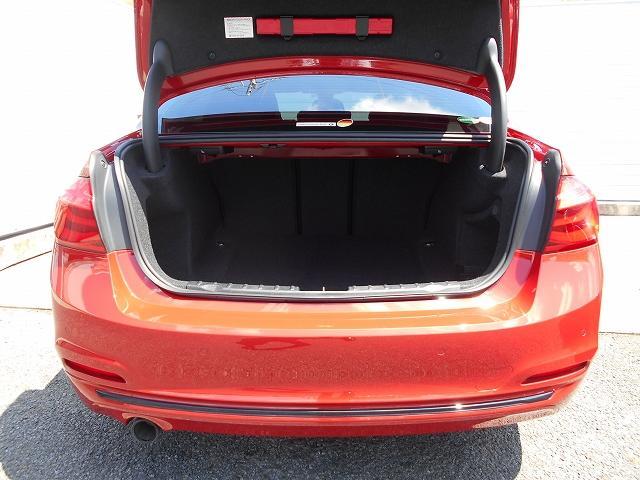 318iスポーツ 17AW後期LEDヘッド衝突軽減クルコン禁煙1オーナー認定中古車(19枚目)