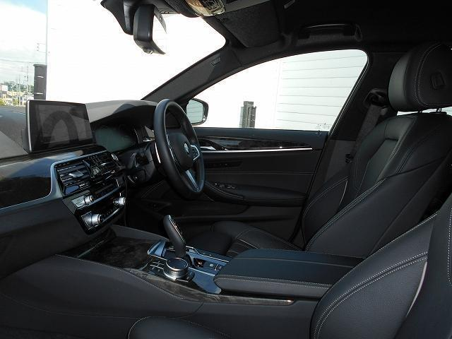 530iツーリング Mスポーツ 19AW黒革ウッドPヘッドUPディスプレイACCデモカー認定中古車(19枚目)