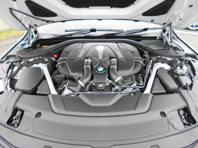 750i Mスポーツ 20AWリヤコンフォートPKG黒革リヤモニターガラスサンルーフハーマンカードンHi-Fiドラレコ1オーナー認定中古車(27枚目)