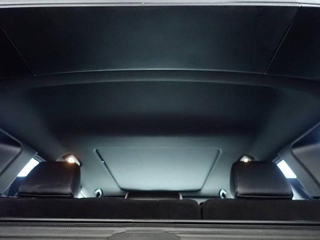 SRT8 当社ユーザー様買取車 HEMIエンジン スウェード(12枚目)