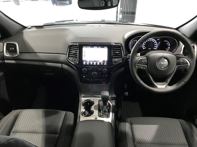 ラレード 認定中古車保証付 整備付 弊社デモカー 8.4インチ純正ナビ DSRC クルーズコントロール(6枚目)